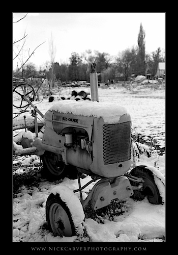 Old tractor in the snow - Ilford Delta 100 Film