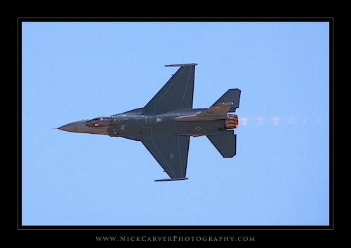 F-16 Fighting Falcon - Miramar Air Show 2011
