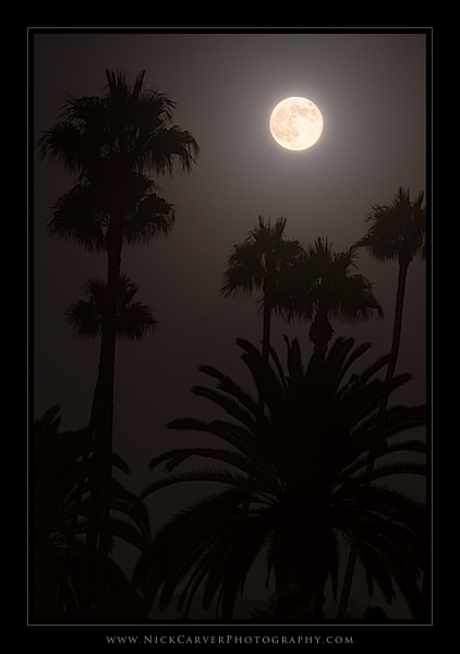 Photoshop Tutorials - Supermoon Composite Image